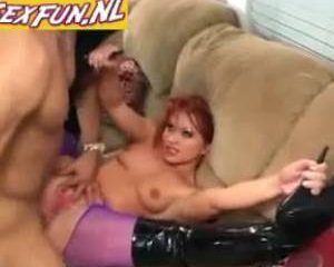 Hard geneukt in haar panty